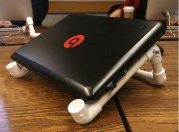 Подставка для ноутбука из полипропиленовых труб