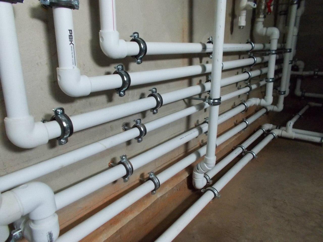 монтаж водопроводных труб из полипропилена своими руками