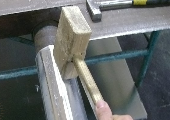Как сделать трубу из жести