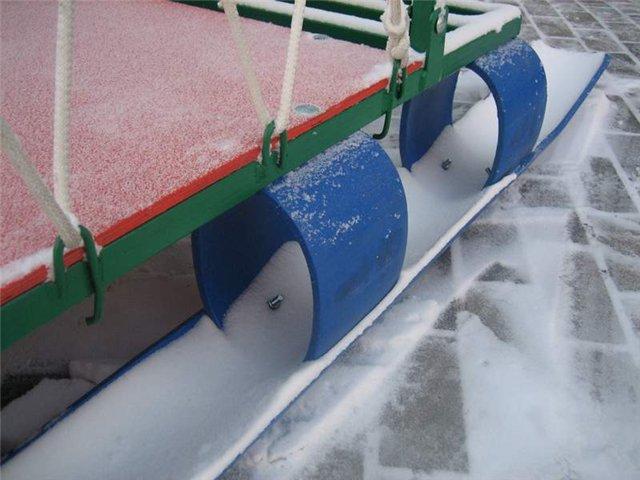 Как сделать сани для снегохода из пластиковых труб