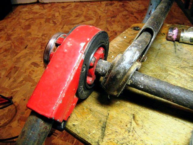 Нарезка резьбы на трубах в домашних условиях