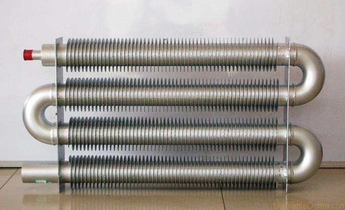 На фото показан радиатор со спирально-винтовой навивкой