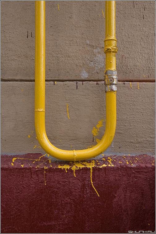 Какой краской красить газовую трубу?